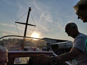 Unterrichtsstunden für den Sportbootführerschein auf Wunsch auch abends